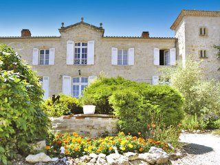 6 bedroom Chateau in Ruffiac, Nouvelle-Aquitaine, France : ref 5049704