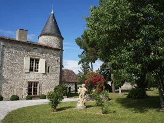 7 bedroom Chateau in Razac-de-Saussignac, Nouvelle-Aquitaine, France : ref 50496