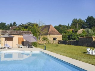 6 bedroom Villa in Saint-Agne, Nouvelle-Aquitaine, France : ref 5049635
