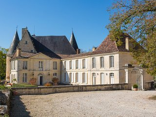 10 bedroom Chateau in Lamonzie-Montastruc, Nouvelle-Aquitaine, France : ref 5049