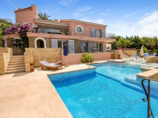 4 bedroom Villa in Pramousquier, Provence-Alpes-Cote d'Azur, France : ref 504958