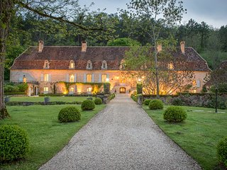 10 bedroom Chateau in Cumont, Nouvelle-Aquitaine, France : ref 5049627