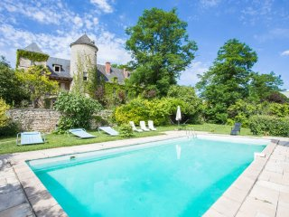 7 bedroom Chateau in Cazoules, Nouvelle-Aquitaine, France : ref 5049623