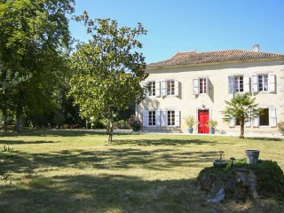 5 bedroom Villa in Mezin, Nouvelle-Aquitaine, France : ref 5049666