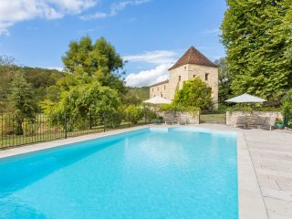 6 bedroom Villa in Saint-Denis-Catus, Occitania, France : ref 5049460