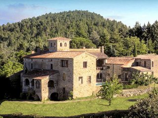 11 bedroom Chateau in Banne, Auvergne-Rhone-Alpes, France : ref 5049488