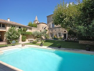 6 bedroom Villa in Cabrieres-d'Avignon, Provence-Alpes-Cote d'Azur, France : ref