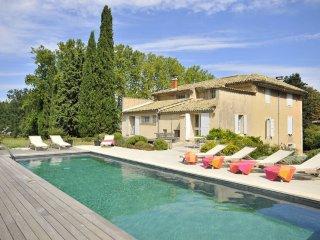4 bedroom Villa in Saignon, Provence-Alpes-Cote d'Azur, France : ref 5049422