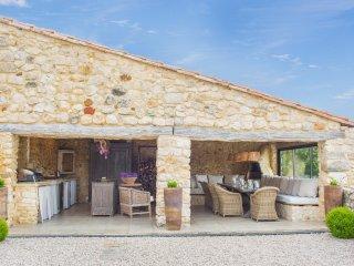10 bedroom Villa in Saint-Privat-des-Vieux, Occitania, France : ref 5049410