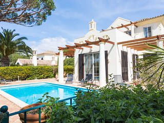 4 bedroom Villa in Quinta do Lago, Faro, Portugal : ref 5049156