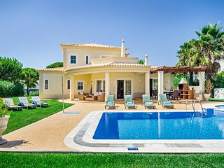 4 bedroom Villa in Vilamoura, Faro, Portugal : ref 5049193