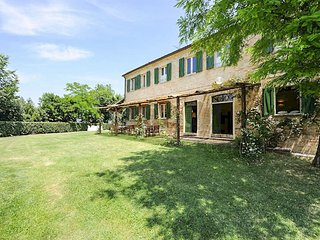 14 bedroom Villa in San Liberio, The Marches, Italy : ref 5049088