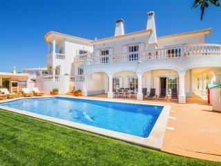 5 bedroom Villa in Burgau, Faro, Portugal : ref 5049178