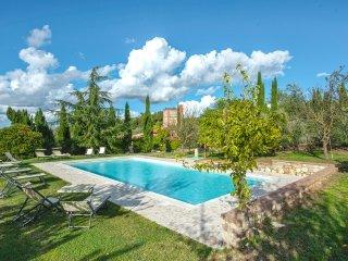 6 bedroom Villa in Radicofani, Tuscany, Italy : ref 5049070