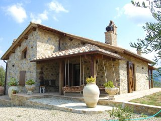 3 bedroom Villa in Poggioferro, Tuscany, Italy : ref 5049047
