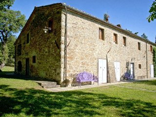6 bedroom Villa in Soci, Tuscany, Italy : ref 5049038