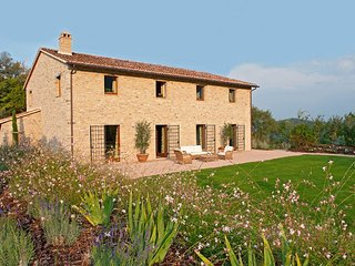 6 bedroom Villa in Antognola, Umbria, Italy : ref 5048963