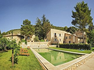 10 bedroom Villa in Eggi, Umbria, Italy : ref 5048965