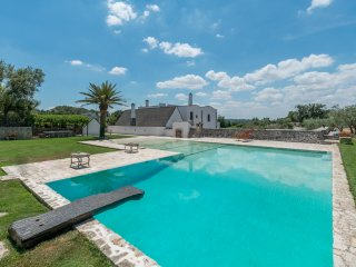 4 bedroom Villa with Pool, Air Con and WiFi - 5048923