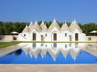 4 bedroom Villa in Balie, Apulia, Italy : ref 5048915