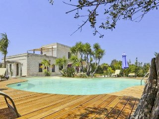 5 bedroom Villa in Guagnano, Apulia, Italy : ref 5048919