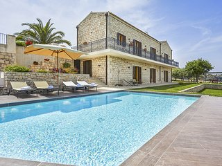 7 bedroom Villa in Pietre Nere San Zagaria, Sicily, Italy : ref 5048887