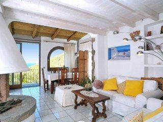 Forio d'Ischia Villa Sleeps 6 with Air Con - 5048932