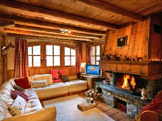 4 bedroom Chalet in Mussillon, Auvergne-Rhone-Alpes, France : ref 5048802