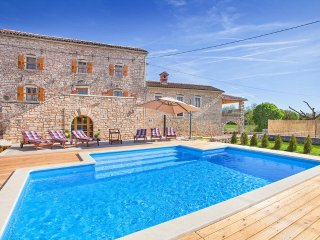 6 bedroom Villa in Pifari, Istria, Croatia : ref 5048835