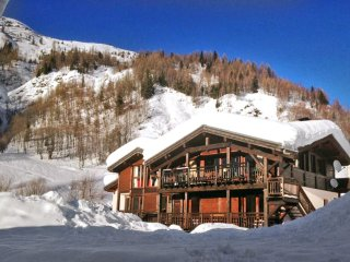 8 bedroom Chalet in Le Grand-Lemps, Auvergne-Rhône-Alpes, France : ref 5048809