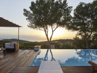 5 bedroom Villa in San Antonio, Balearic Islands, Spain - 5047871