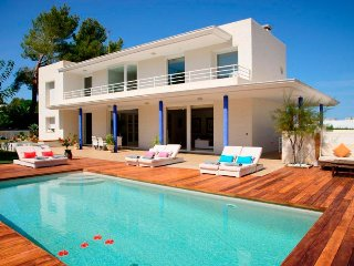 5 bedroom Villa in San Agustin des Vedra, Balearic Islands, Spain : ref 5047920
