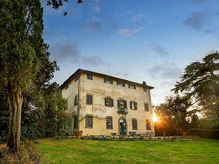 Villa Colline - Villa Colline, Large 7 Bedroom Villa in Tuscany