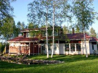 6 bedroom Villa in Tikkalanniemi, Kainuu, Finland : ref 5046199