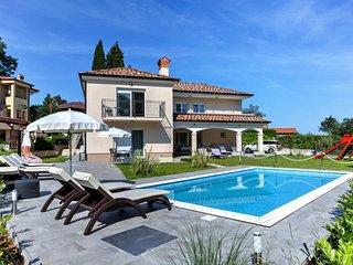 7 bedroom Villa in Ika, Primorsko-Goranska Županija, Croatia : ref 5037975