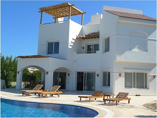 Hot Offer .. Rent 3 bedrooms  Villa to spend you vacation at EL Gouna