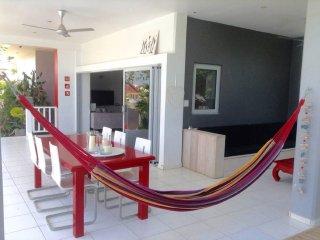 Modern tropical villa close to the beach