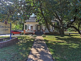 Historic Arlington Home w/ Deck Near Attractions!