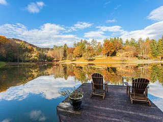 3BR Lake House w/ Private Deck and Pier – Short Drive to Shops & Dining