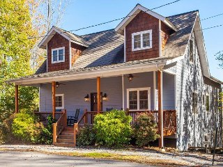 5BR Mountain Home w/ Dual Balconies - Walking Distance to Lake Junaluska