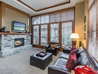 Luxury 1BR w/ Fireplace & Mountain-View Terrace in Northstar Village