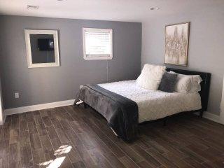 Stunning, Brand New 6 BDR Decatur Home w/ Bonus Room