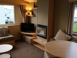 Rhyl Caravan Holidays - Private Caravan on Lyons Robin Hood