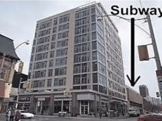 Cozy 2br downtown condo next to Wellesley Subway