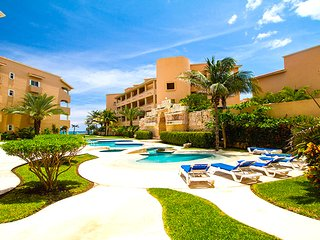 Riviera Maya Haciendas, Casa Dina 6 Guests, Beachfront Swimming Pool