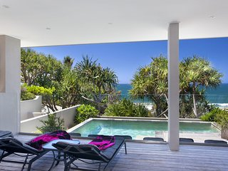 BEACH HOUSE NOOSA - 67 Seaview Terrace