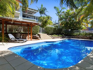 BIG SKY - 15 MARINERS - RESORT STYLE -  pool, ocean views, like a tropical resor