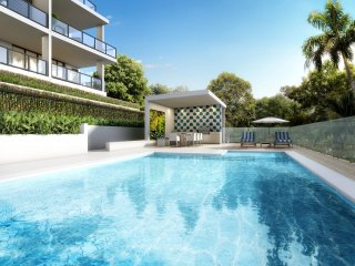 4 INDIGO - Stunning brand new apartment with resort style pool.