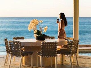 Villa Serena 5 Bdrm Beachfront Paradise
