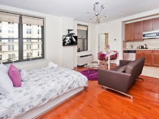 New York - Deluxe Vacation Rental - 3 Guests